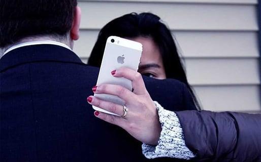 Do Men Consider Flirting Online Cheating?