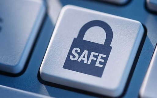 5 Online Safety Tips For Gay Men
