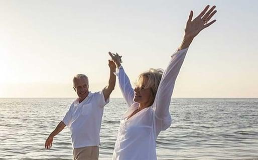 How Ask Senior Man Date