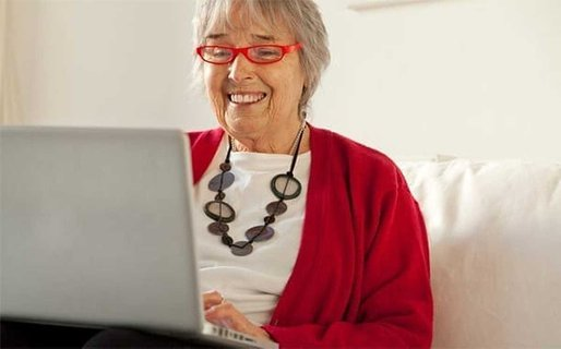 How Senior Women Can Create an Online Profile