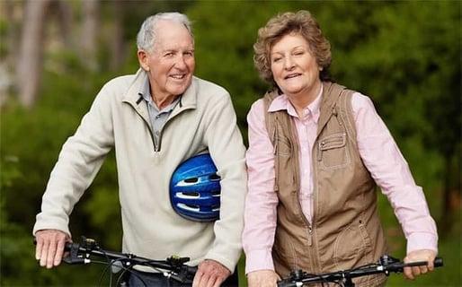 3 Things Men Love About Senior Women