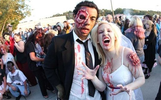 4 Halloween Costumes For Couples