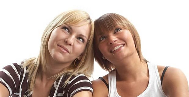 Lesbians Listen Up Two Dates Does Not Mean Were A Couple