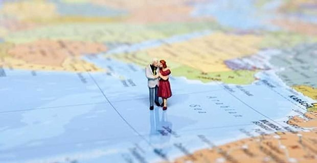 When is the Right Time to Travel Together?