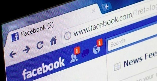 Using Facebook Too Much Could Harm Your Relationship, Study Suggests