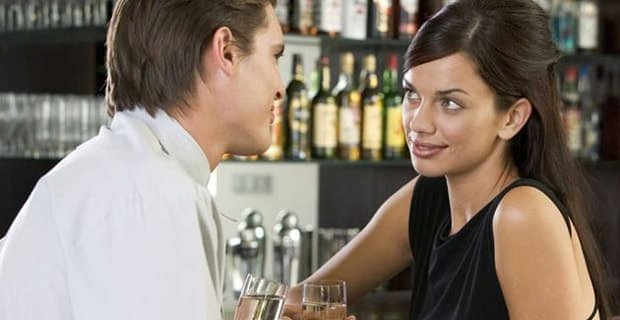 6 Things Women Should Never Do When Meeting Men