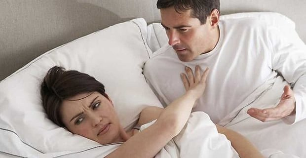 7 Reasons Why Girls Aren't Sleeping with You