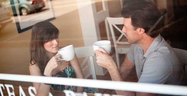 73% of Americans Would Rather Meet Than Be Picked Up for a First Date
