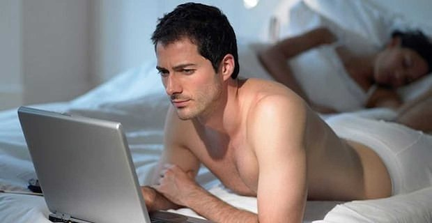 Straight Men Who Watch Porn May Show Higher Levels of Sexism