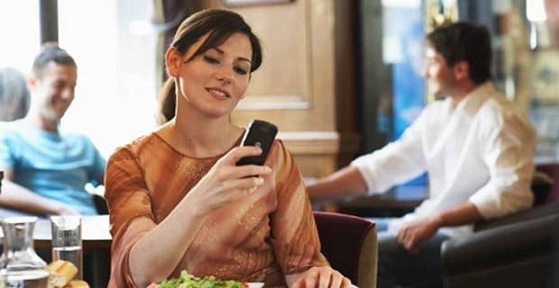 Don't Let Your Phone Kill Your Flirt