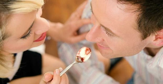 Study: How Eating Candy Can Save Your Relationship