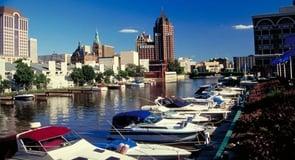 11. Milwaukee, Wisconsin — 101,368 single men