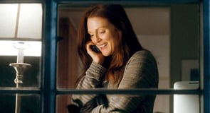 Photo of Julianne Moore in Crazy, Stupid, Love