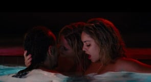 Photo of threesome from Spring Breakers