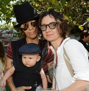 Photo of Sara Gilbert, Linda Perry, and their baby boy Rhodes