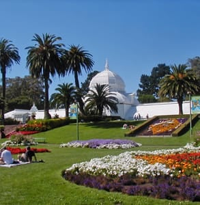 Photo of the Conservatory of Flowers and Golden Gate Park