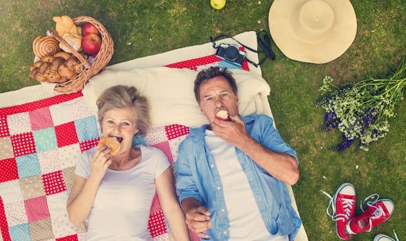 Photo of a couple on a picnic