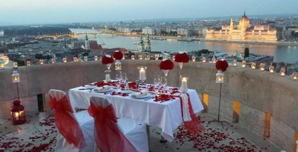 Photo of a proposal on the terrace of Fisherman's Bastion Restaurant