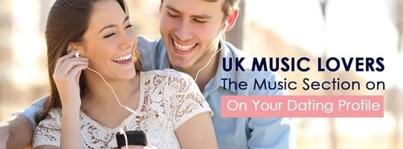 Couple listening to music with earbuds from a smartphone in a park with an urban background