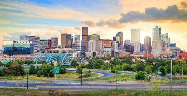 10 Ways to Meet Singles in Denver, CO (Dating Guide)