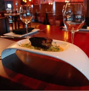 Photo of a table at the Olé Tapas Lounge