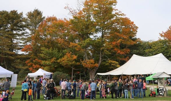 Photo of a Wolfe Neck's Center event