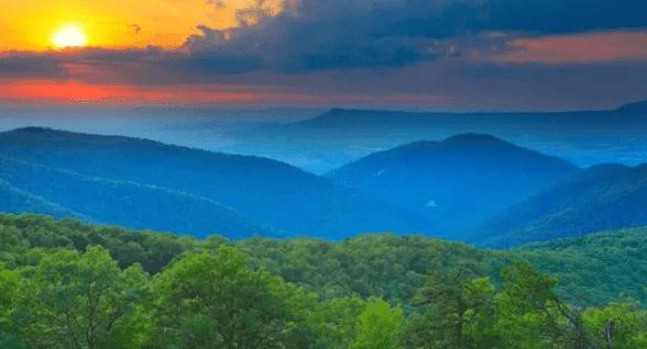 Photo of the Blue Ridge Mountains