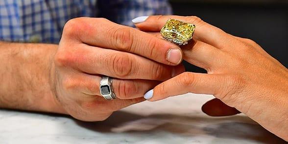 Photo of Leibish jewelry