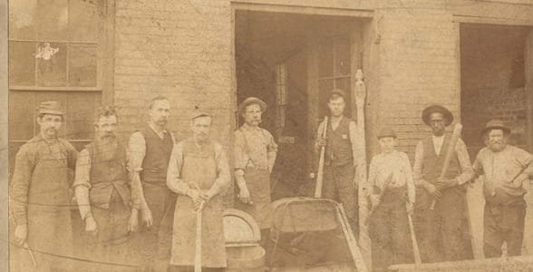 Photo of the original Louisville Slugger factory