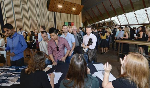 Photo of speed dating registration at CitySwoon's Sydney Opera House event
