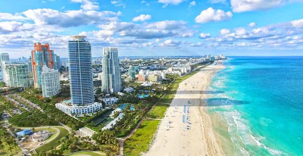 9 Ways to Meet Singles in Miami, FL (Dating Guide)