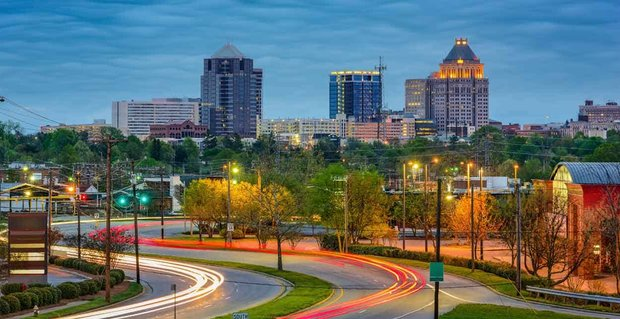 10 Ways to Meet Singles in Greensboro, NC (Dating Guide)