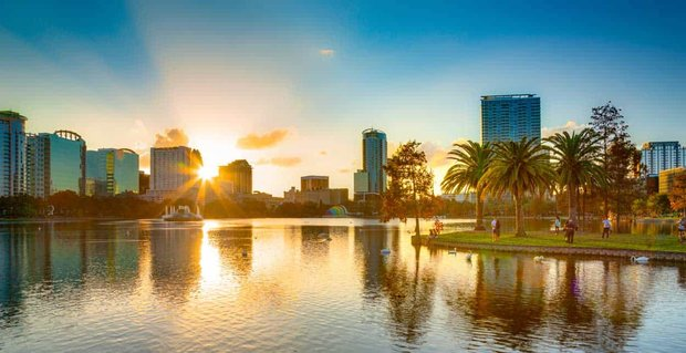 11 Ways to Meet Singles in Orlando, FL (Dating Guide)