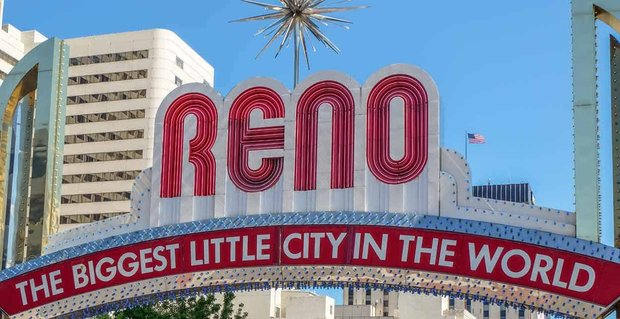 10 Ways to Meet Singles in Reno, NV (Dating Guide)