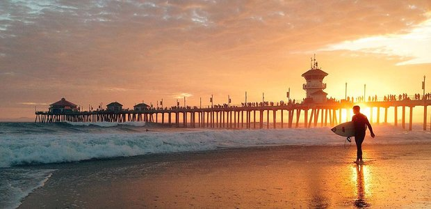 9 Ways to Meet Singles in Huntington Beach, CA (Dating Guide)