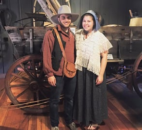 Photo of people dressed in pioneer clothes in Oregon City