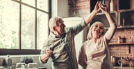 9 Common Senior Dating Mistakes (Online & Offline)