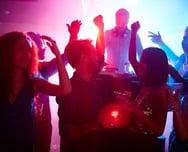 Corona Singles Clubs