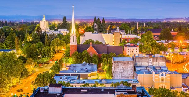 9 Ways to Meet Singles in Salem, OR (Dating Guide)