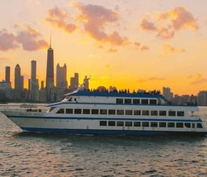Photo of a Chicago cruise