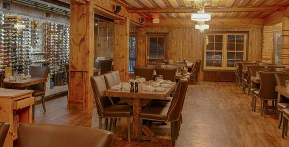 Photo of the Strand Waterfront Dining Room