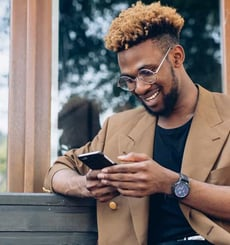 3 Gay Dating Texting Tips (From an Expert)