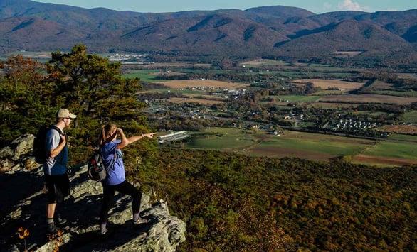 Photo of people exploring Harrisonburg Virginia