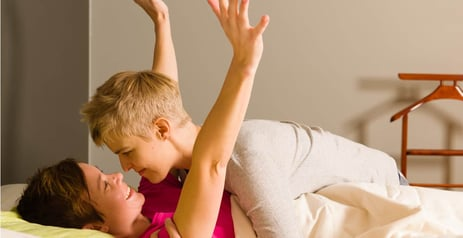 """5 Tips for Dating """"Butch"""" or """"Top"""" Lesbians"""