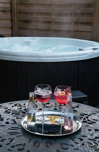 Photo of the Hot Tub Suite