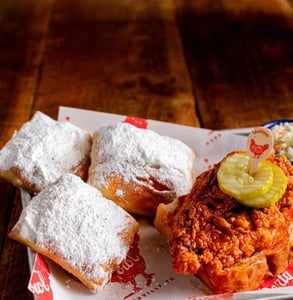 Photo of chicken and beignets