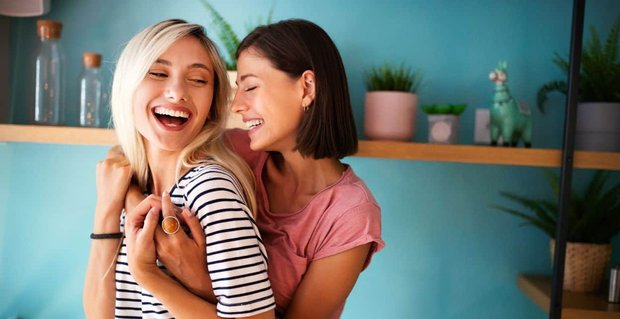 Essential Dating Tips For Lesbians