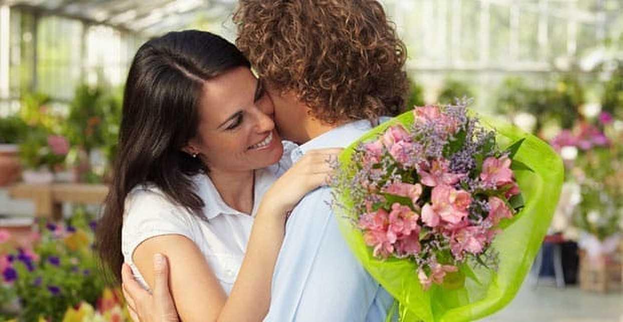 5 Ways Men Can Be More Romantic