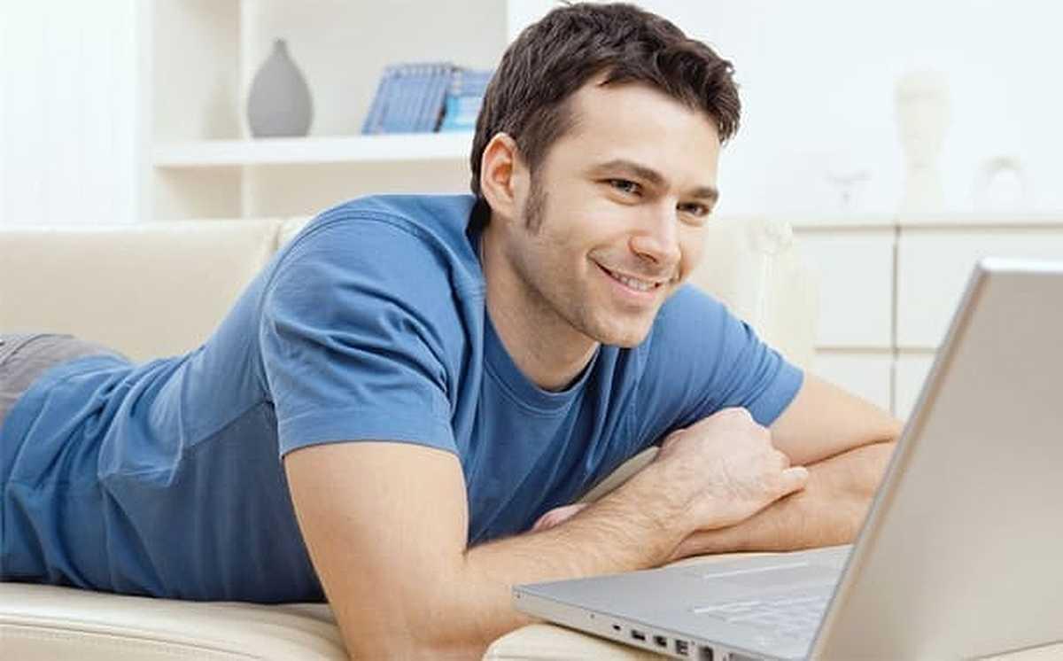 Man dating online