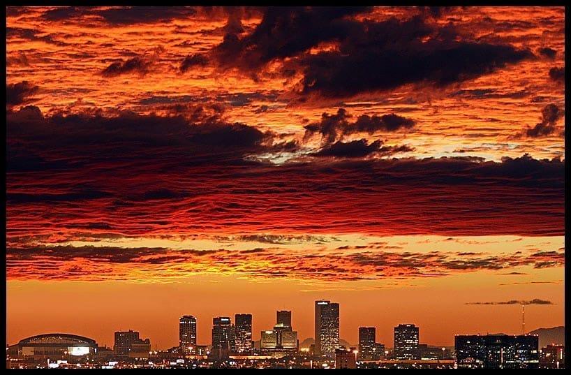 6. Phoenix, Arizona - 252,475 single women